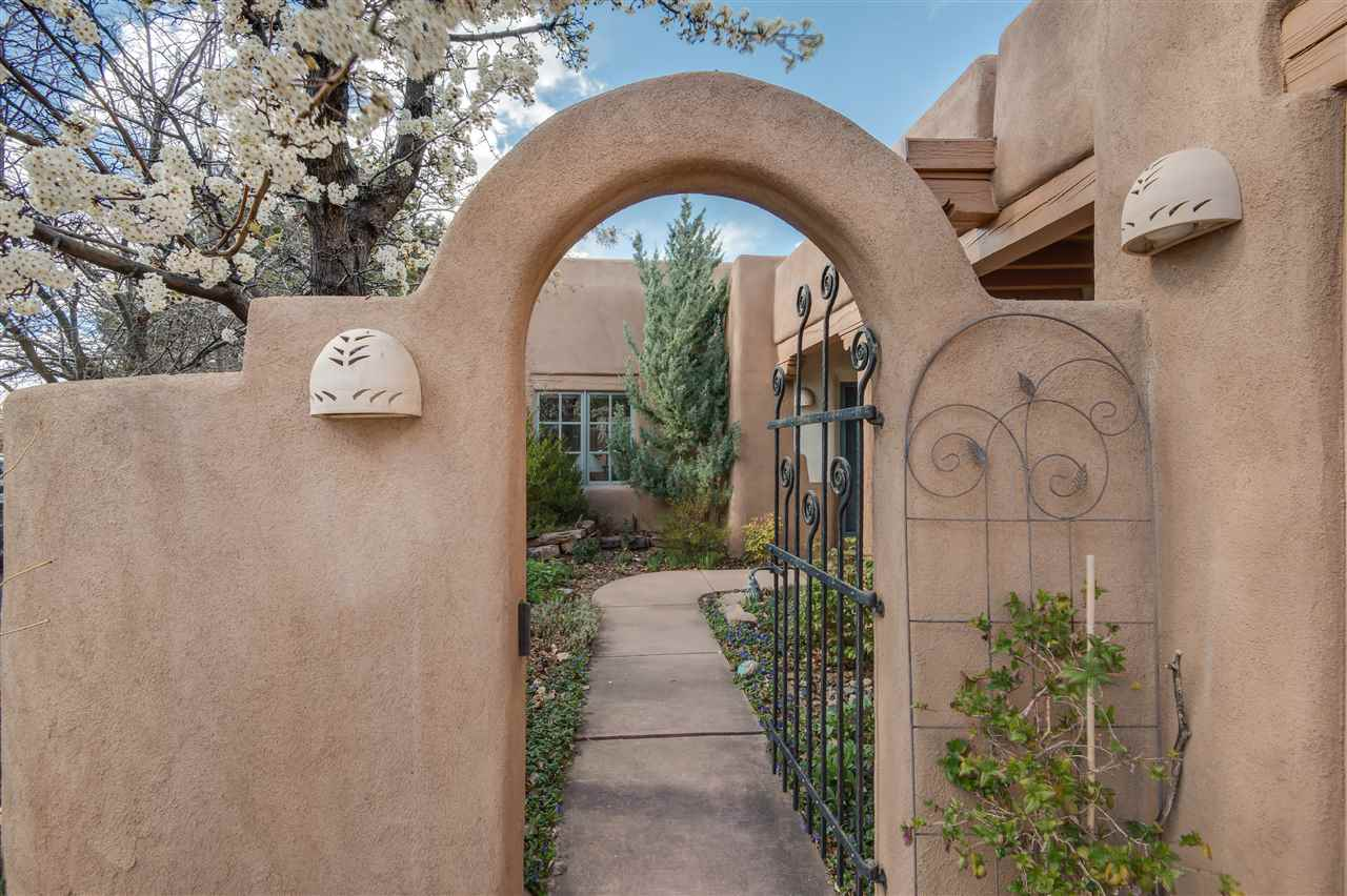 3101 Old Pecos Trail #605 - $678,000